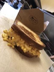 The Cheesiest Mac N Cheese